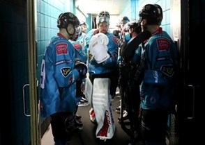 Arlan Kokshetau vs. Belfast Giants. Photo: William Cherry